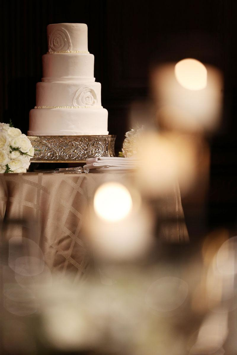 Philadelphia-Wedding-Planner-Event-Planning-White-Cake