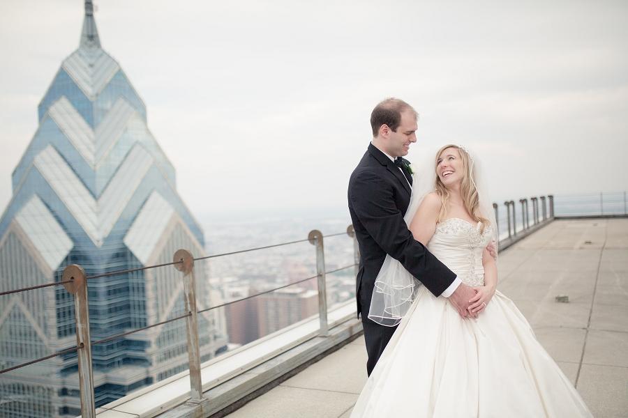 Pyramid-Club-Philadelphia-Wedding-by-Adrienne-Matz-Photography_00086