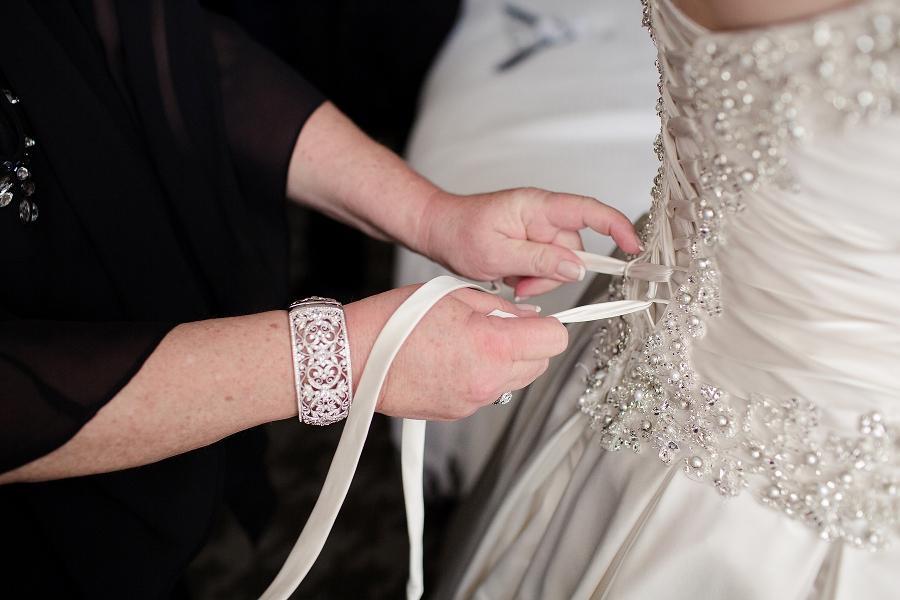 Pyramid-Club-Philadelphia-Wedding-by-Adrienne-Matz-Photography_0017