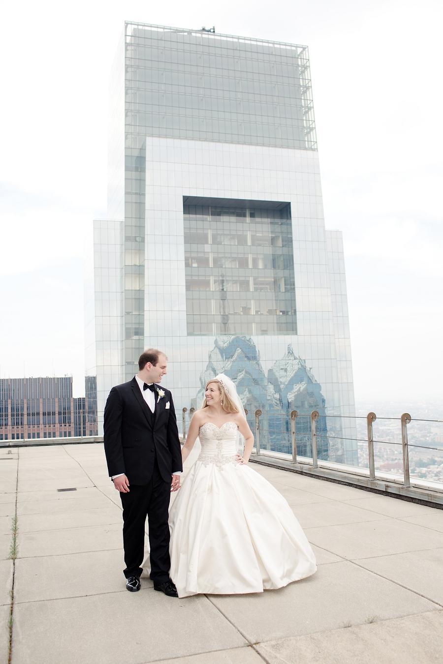 Pyramid-Club-Philadelphia-Wedding-by-Adrienne-Matz-Photography_0088