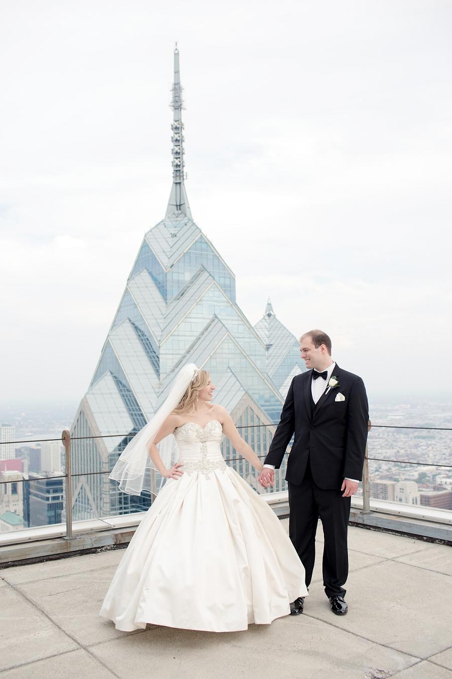 Pyramid-Club-Philadelphia-Wedding-by-Adrienne-Matz-Photography_0089