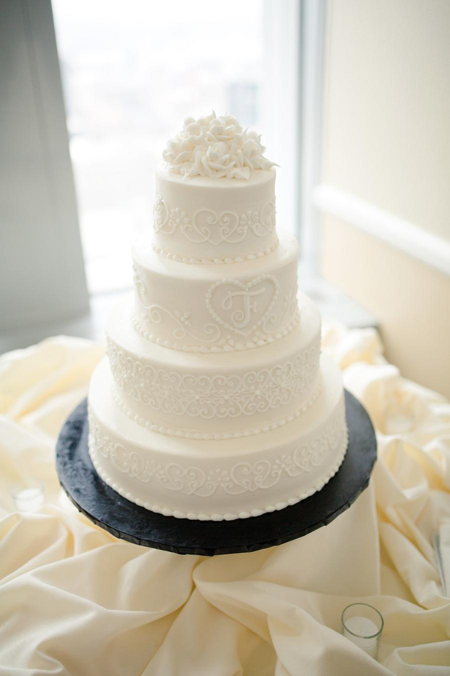 Pyramid-Club-Philadelphia-Wedding-by-Adrienne-Matz-Photography_0089d