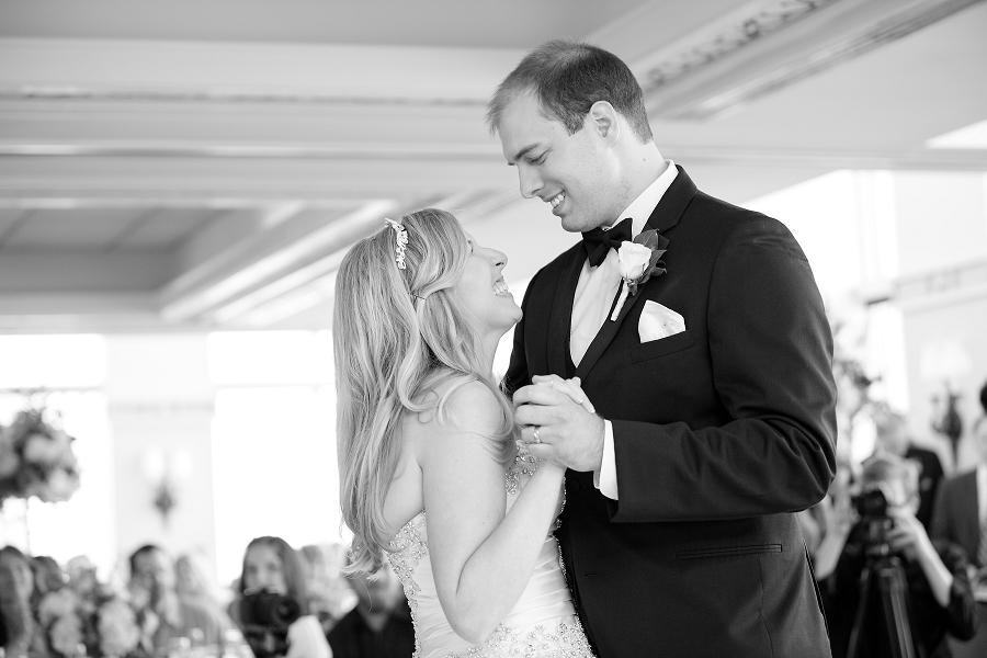 Pyramid-Club-Philadelphia-Wedding-by-Adrienne-Matz-Photography_0095