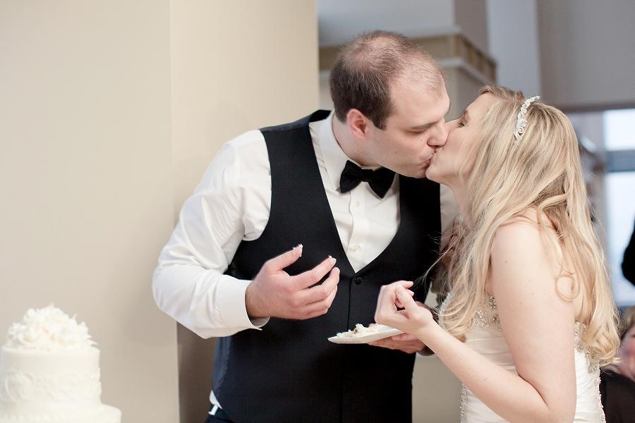 Pyramid-Club-Philadelphia-Wedding-by-Adrienne-Matz-Photography_0106