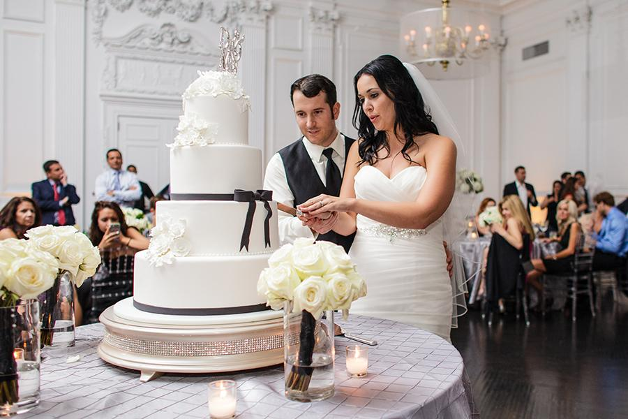 Cutting cake at The Downtown Club Philadelphia Wedding Venues, Philly in Love