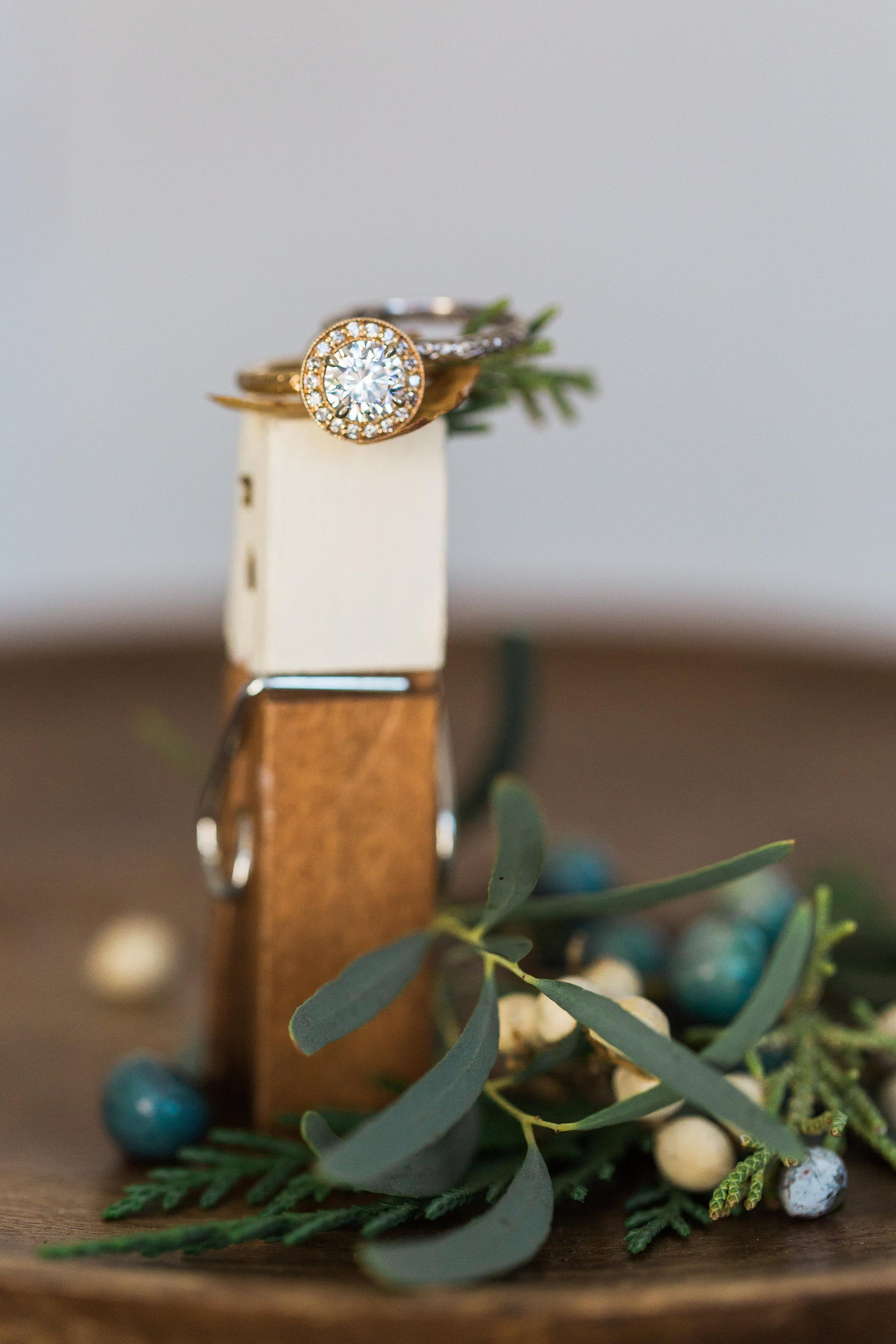 Harry Merrill & Son RIng Shopping Onlinve .vs. In Store