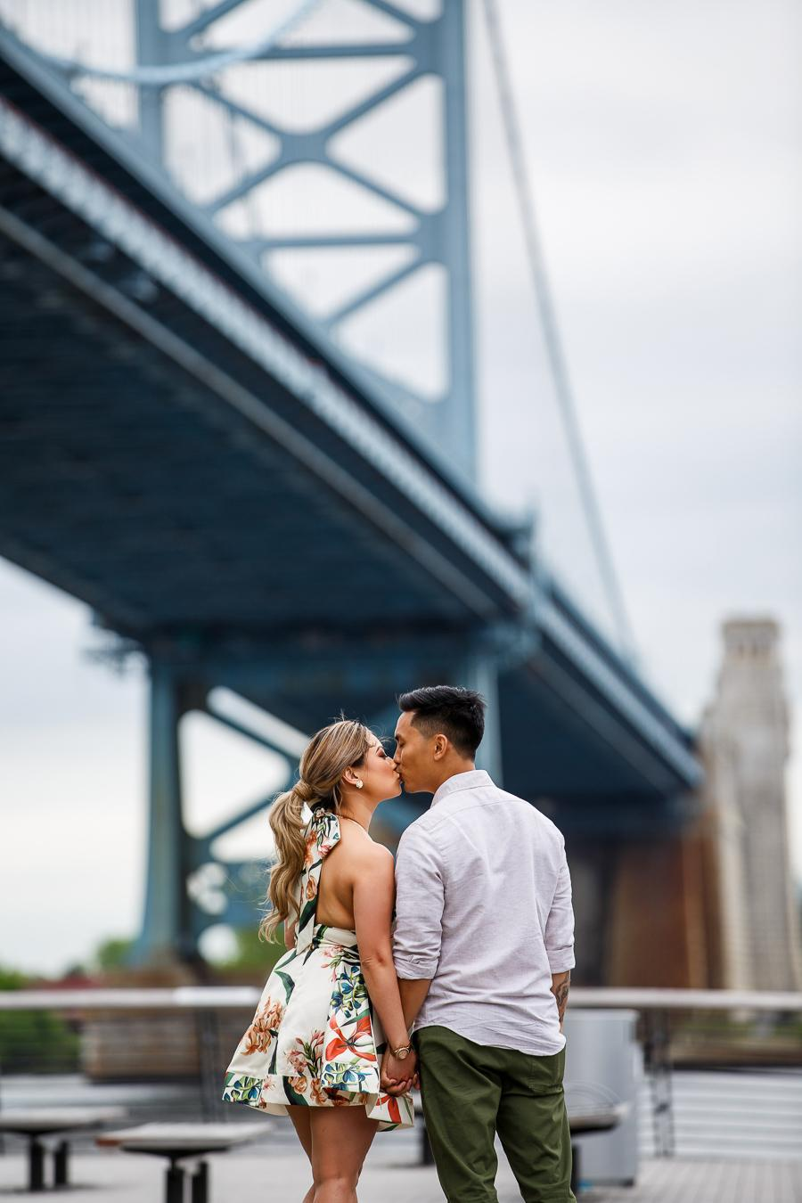 race-street-pier-engagement-24
