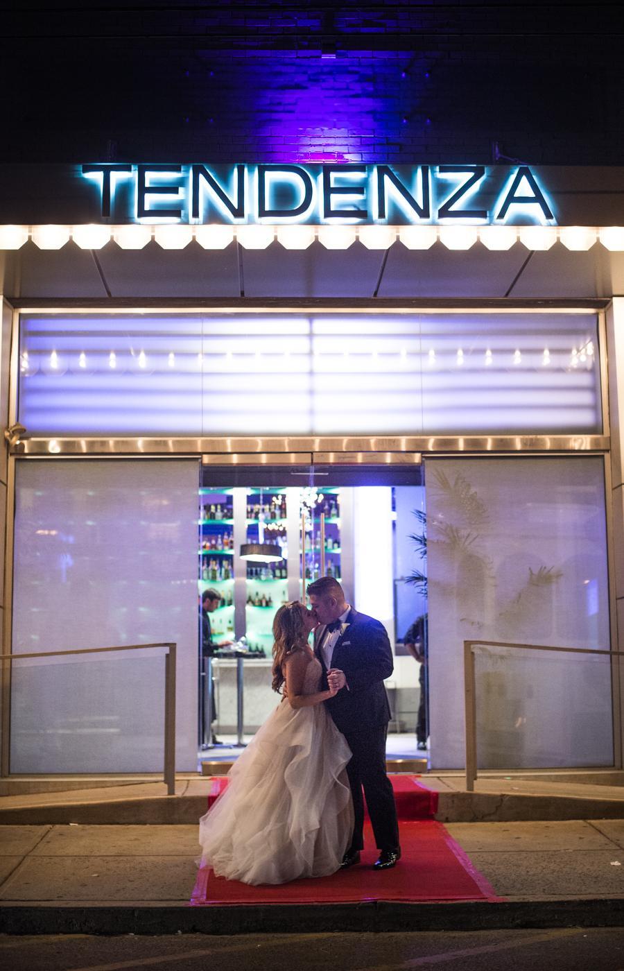 Bee Dee Blue Photography Philadelphia Wedding Photographer Philly In Love
