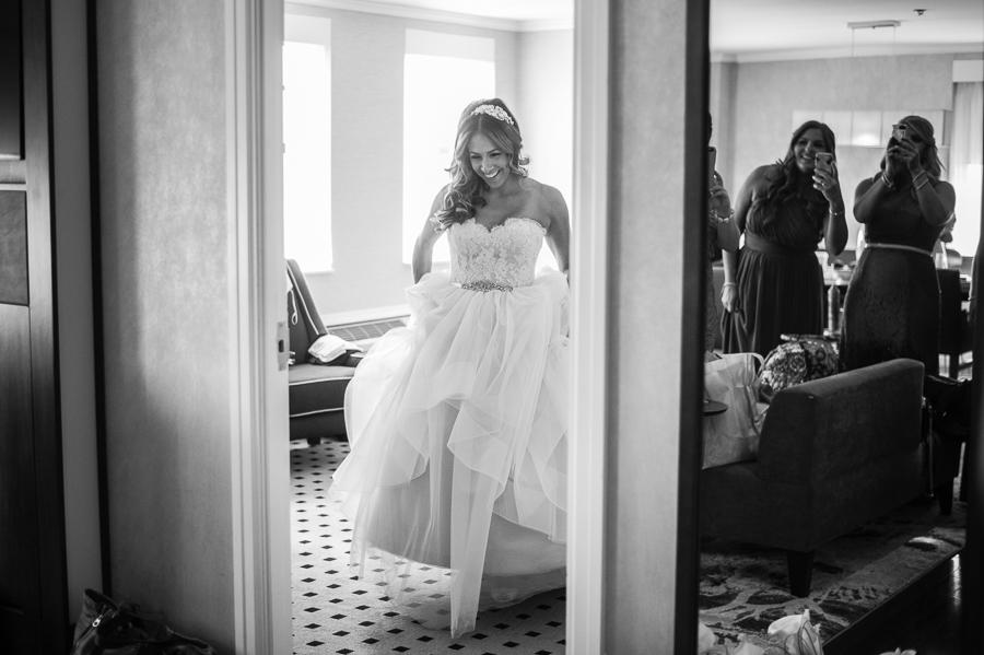 Bee Dee Blue Photography Philadelphia Wedding Photographer Philly In Love
