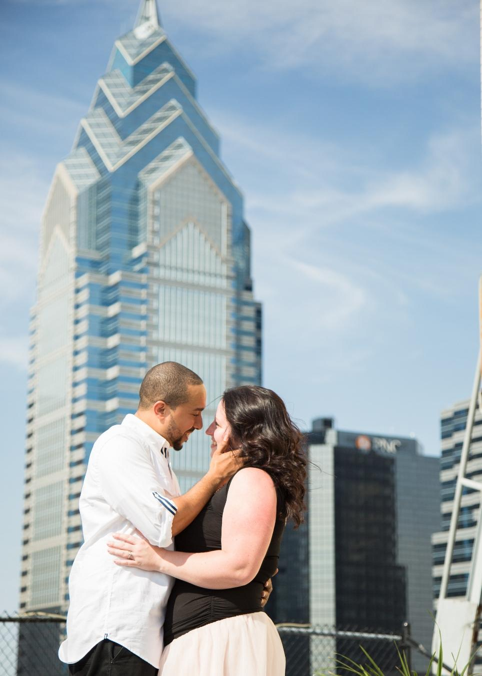 Philadelphia Engagement Philly In Love Philadelphia Weddings