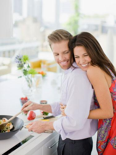 Couple-cooking-together-1