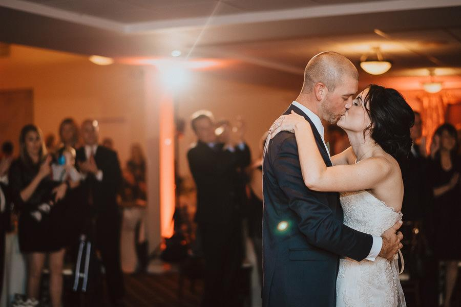 Romantic Flourtown Country Club Wedding by Pat Robinson Photography Philadelphia Photographer Philly In Love Philadelphia Weddings
