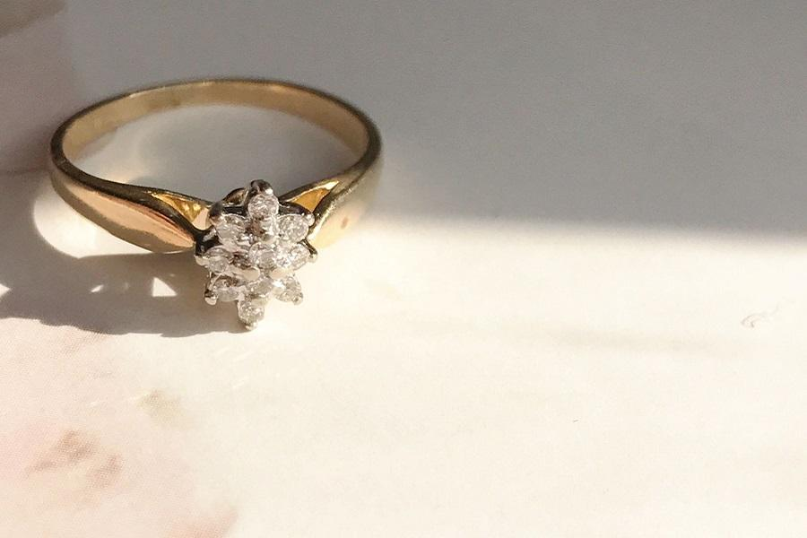 Star Diamond Cluster Engagement Ring Philly In Love