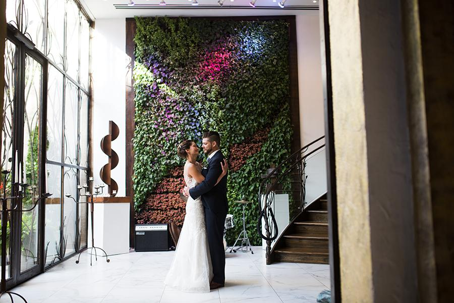 Eclectic Wedding At Artesano Gallery And Iron Works