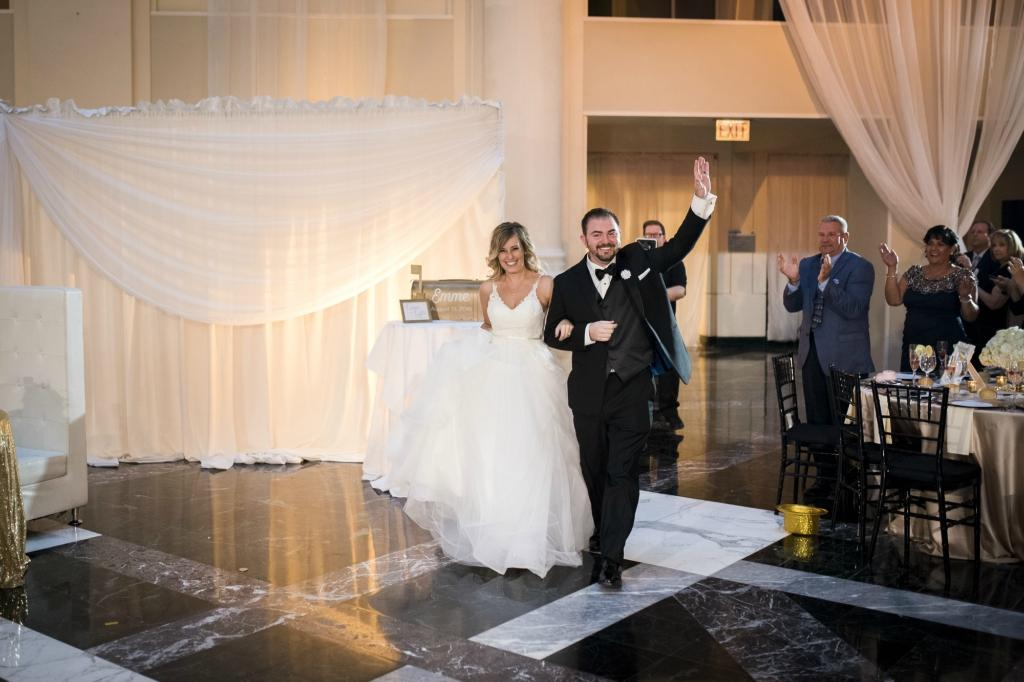 Elegant Wedding at the Atrium at Curtis Center Cescaphe Events Group Philly In Love Philadelphia Weddings