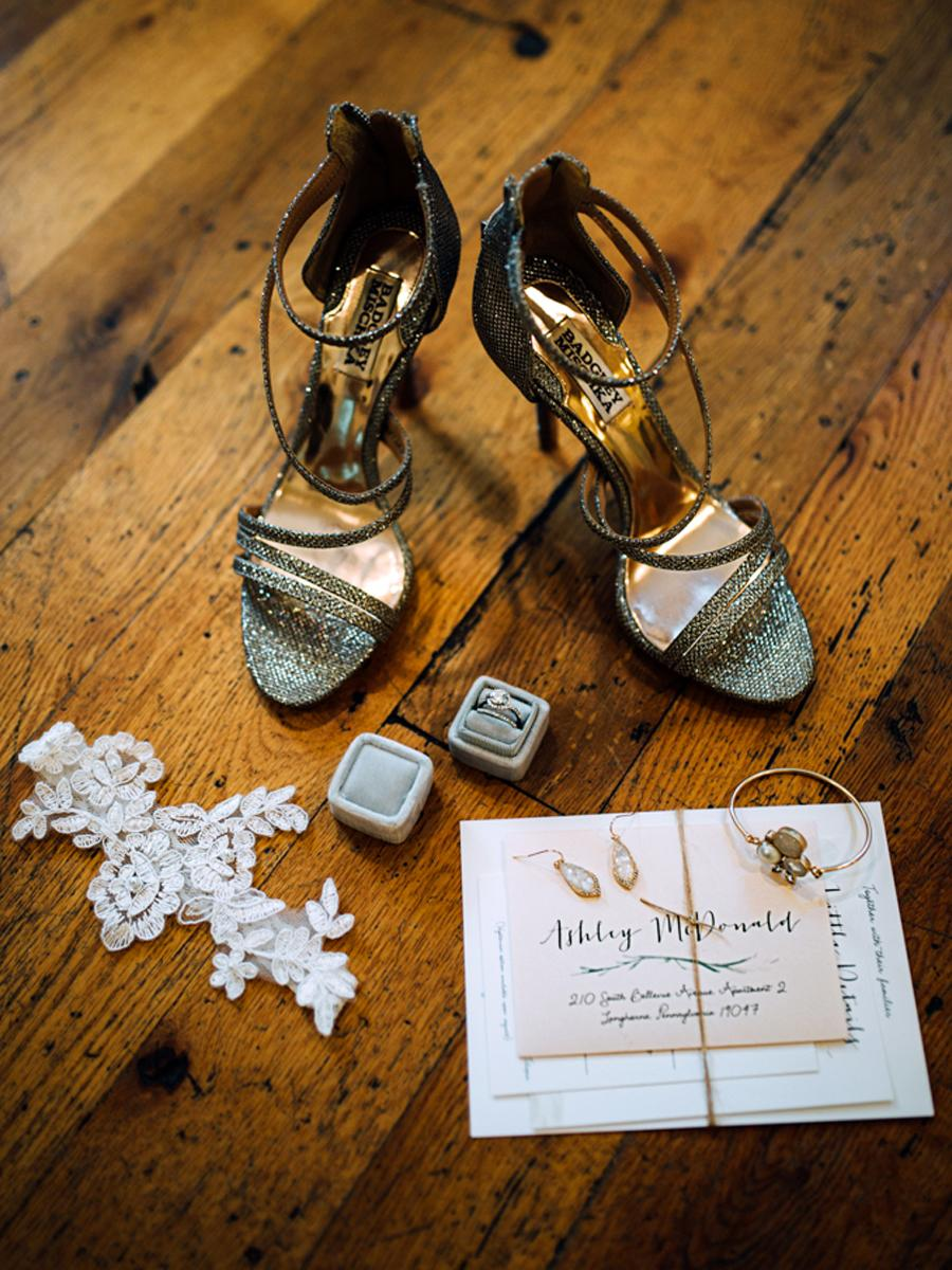 Rustic Barnyard Wedding at Riverdale Manor Jessica Manns Photography Philadelphia Photographer Philly In Love Philadelphia Weddings Philadelphia Wedding Vendors