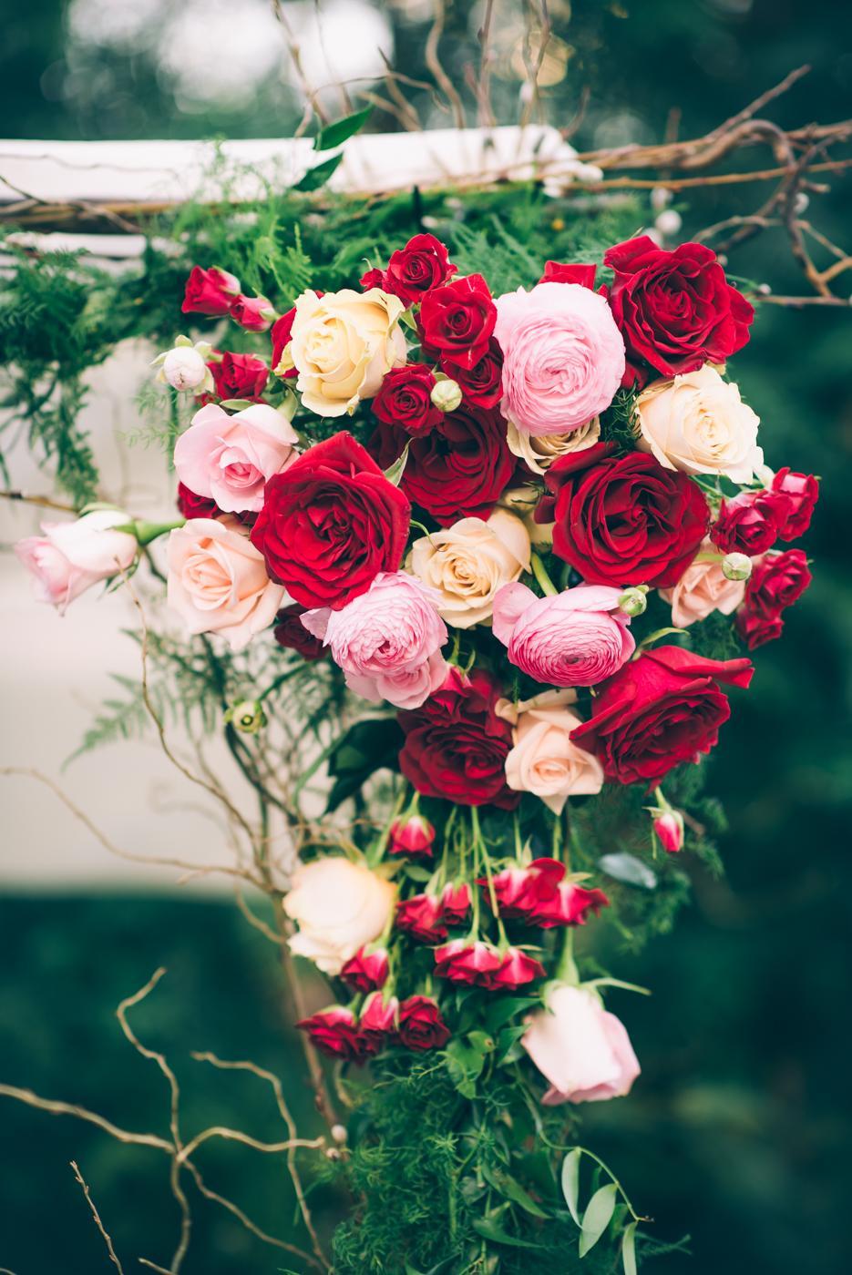 8 Swoon-Worthy Flower Wedding Arches Philly In Love Wedding Inspiration Philadelphia Weddings