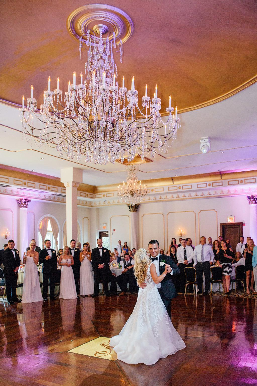 Classic Chic New Jersey Wedding At The Merion Alison Leigh Photography Philly In Love Philadelphia Delaware New JerseyWedding Blog Venues Vendors