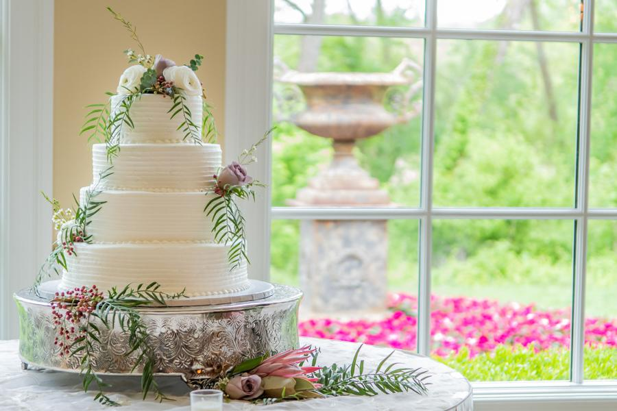 Elegant Wedding At The Bradford Estate Benjamin Deibert Photography Philly In Love Wedding Venues Vendors Inspiration