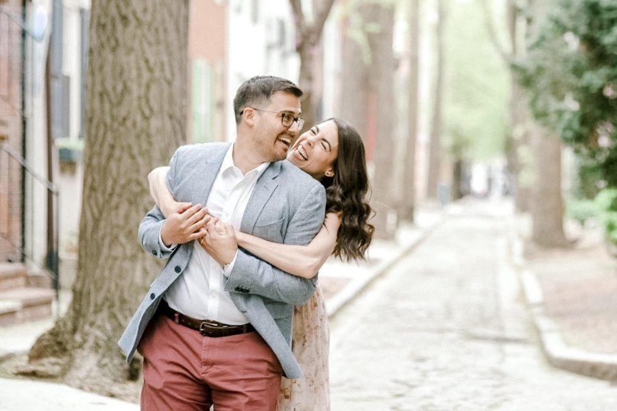 Quince Street engagement photo in Philadelphia by clicke photography.