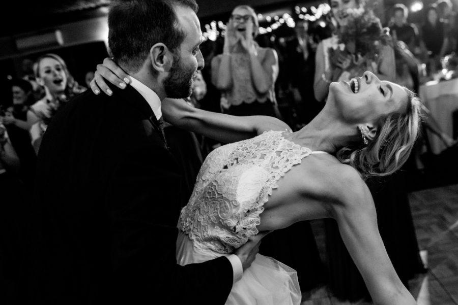 colin coleman photography, wedding couple dancing