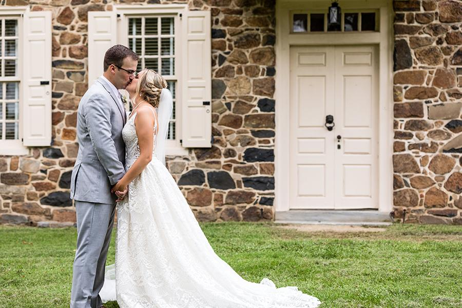 bride and groom at anthony wayne house by ashley gerrity photography and philly in love
