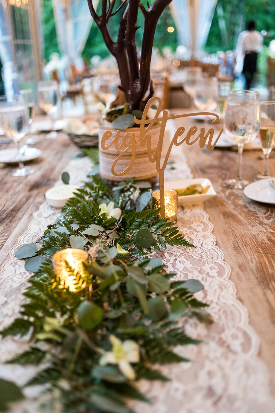 wedding table setting at anthony wayne house by ashley gerrity photography and philly in love