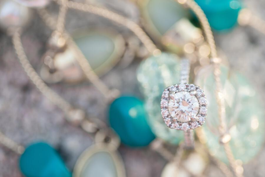 tami ryan photography, closeup of rings