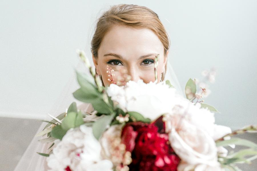 wedding day eye makeup look by Makeup Artist Dolly Marshall