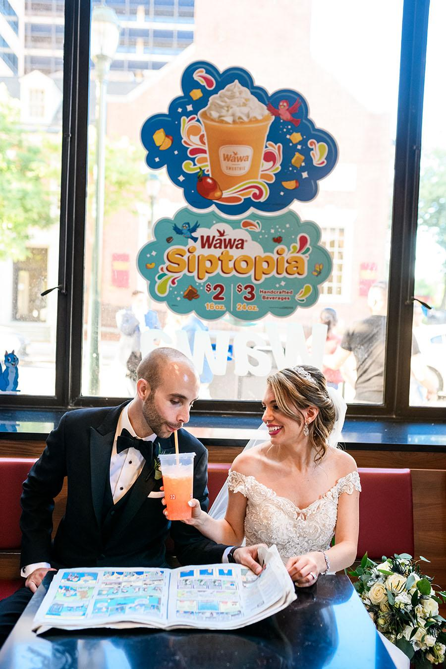 couple drinking a smoothie at wawa by daniel moyer photography