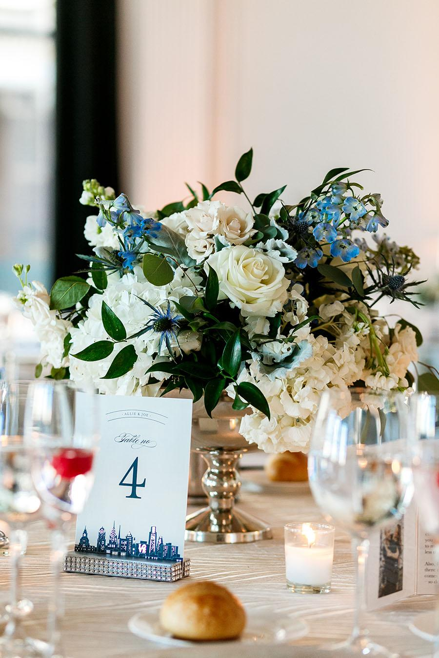 flowers by beautiful blooms at downtown club by daniel moyer photography
