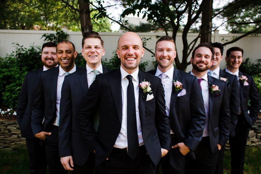 groom and groomsmen on wedding day