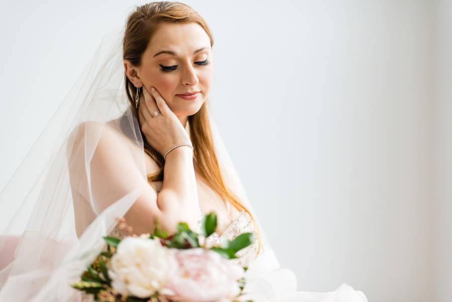 bride wearing natural eye makeup by Dolly Marshall