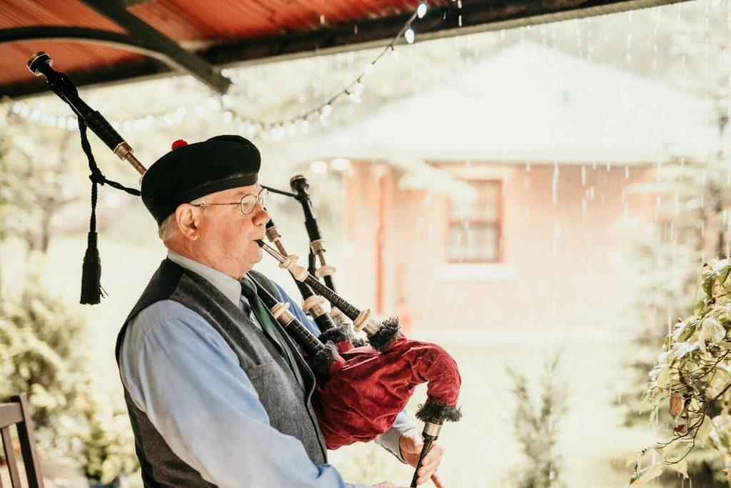 bagpipe player at wedding