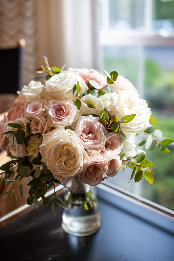 flowers, penn oaks country club wedding