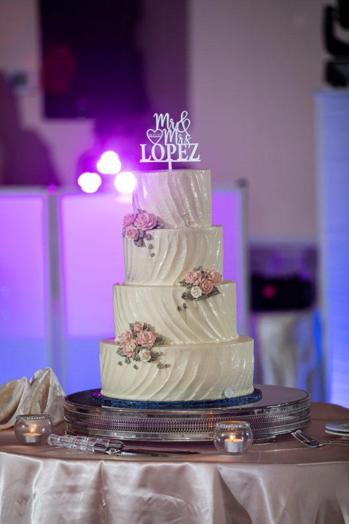 cake, penn oaks country club wedding