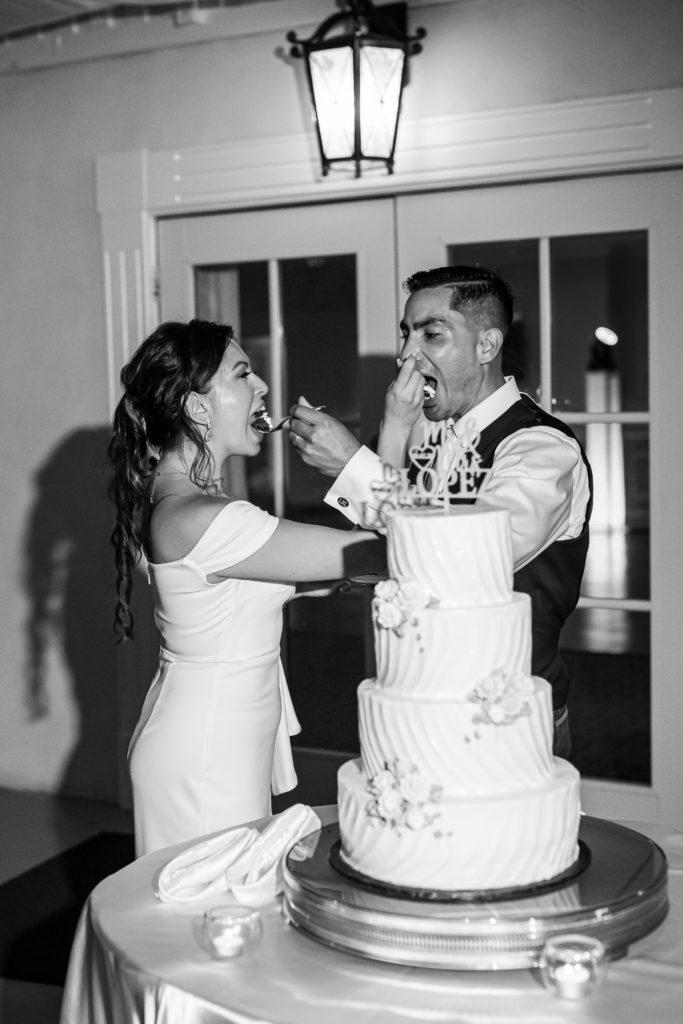 cake cutting, penn oaks country club wedding