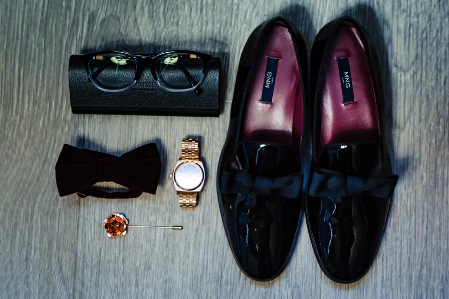 groom's outfit essentials