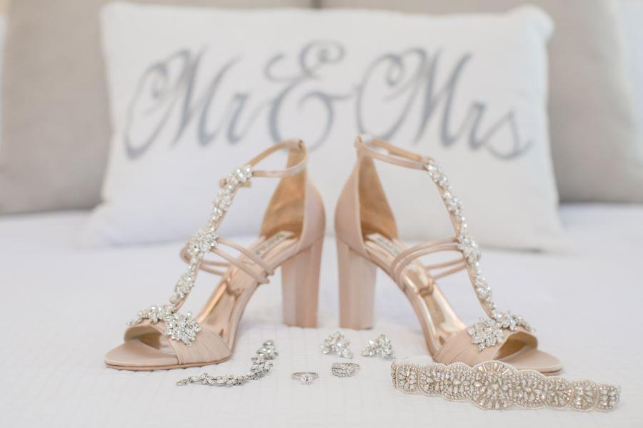 wedding sparkly shoes and jewelry