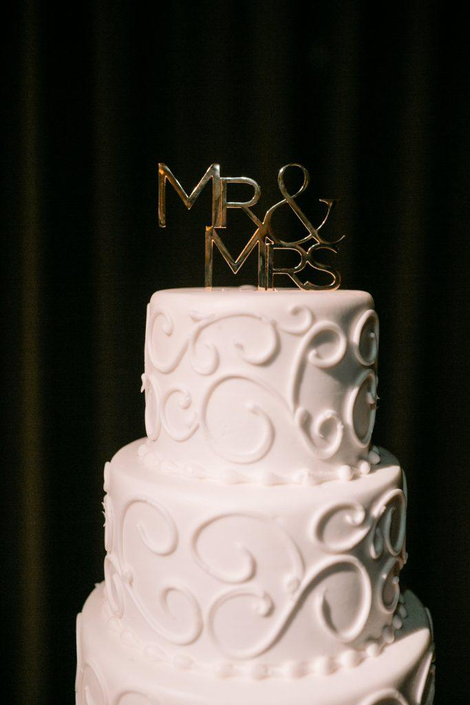 white frosted wedding 3-tiered cake