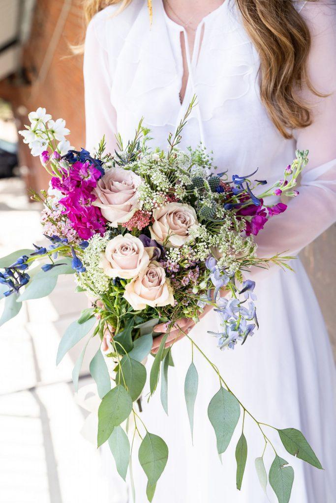 bride with wedding bouquet