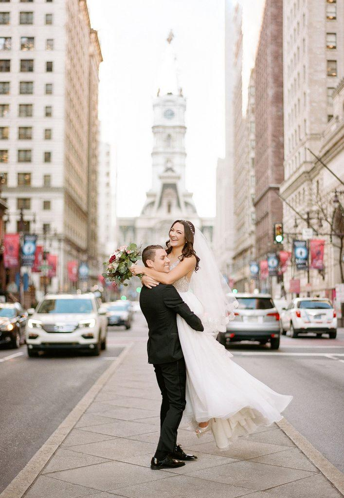 Philadelphia wedding photographers, jordan brian studios, bride and groom on broad street