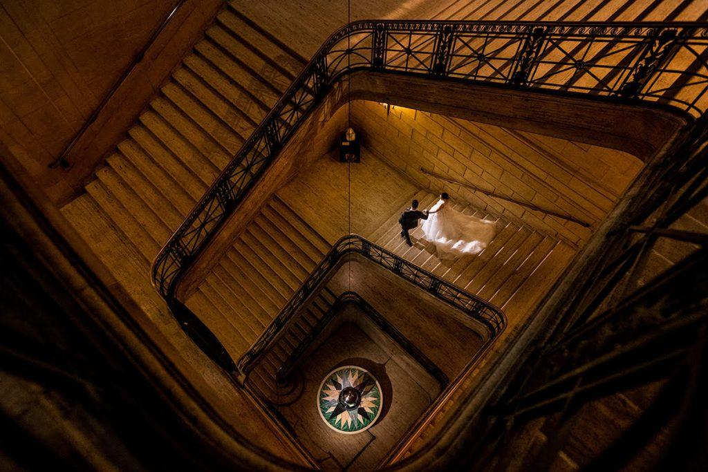 Philadelphia wedding photographers, daniel moyer photography, bride and groom on stairs